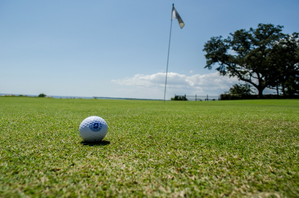 Bluewater-Bay-Golf-Course-Green-Close-Up